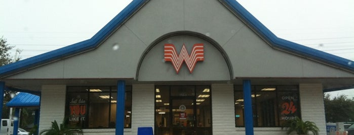 Whataburger is one of Posti che sono piaciuti a Andrew.