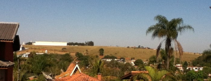 Bairro Do Pires is one of Orte, die Alex gefallen.
