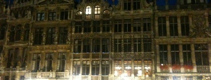 Grand Place is one of Bruxelles.