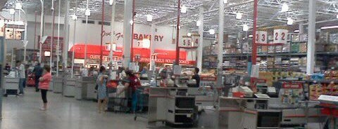 BJ's Wholesale Club is one of Favorites.