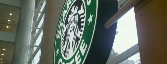 Starbucks is one of Orte, die Paulo gefallen.