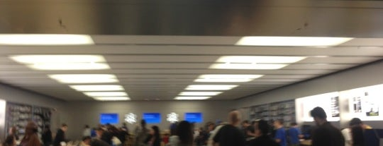Apple Glendale Galleria is one of Apple Stores around the world.