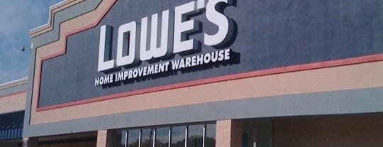 Lowe's is one of Orte, die P gefallen.
