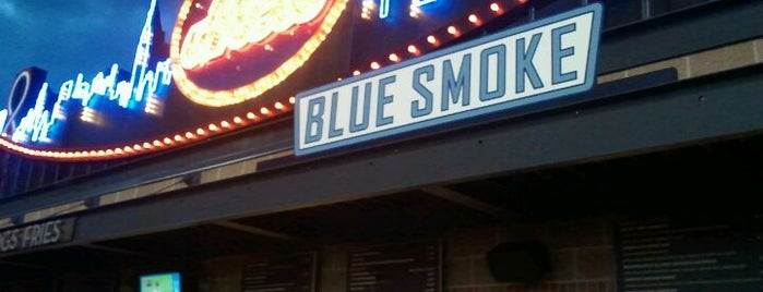 Blue Smoke is one of Posti salvati di Lizzie.