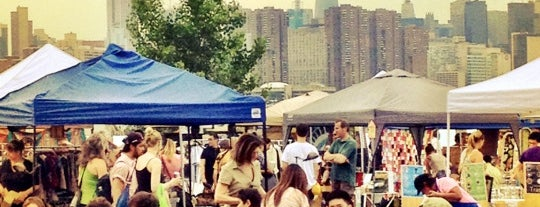 Brooklyn Flea - Williamsburg is one of Brooklyn Visitors.