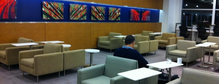 Delta Sky Club is one of Posti che sono piaciuti a Nate.