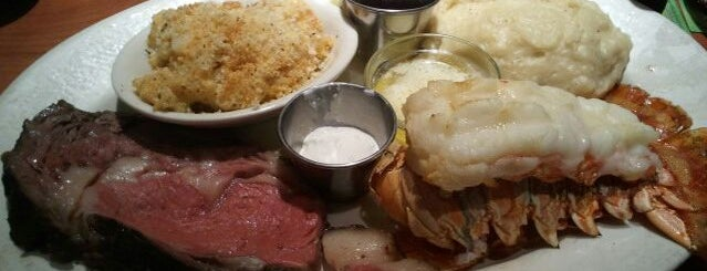 Black Angus Steakhouse is one of PHX Happy Hour in The Valley.