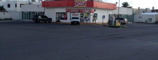 Oxxo is one of Luis 님이 좋아한 장소.