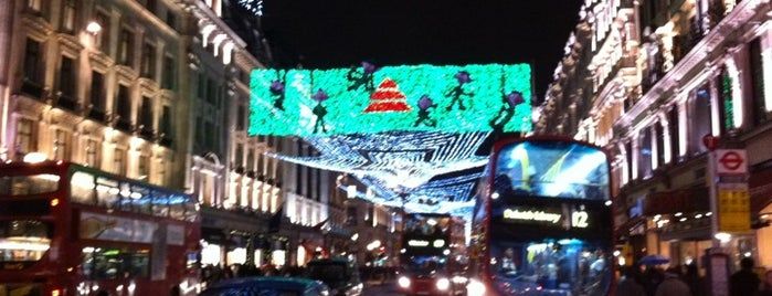 Regent Street is one of Wher to go in London.