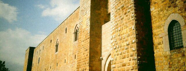 Castello di Lagopesole is one of Castelli Italiani.