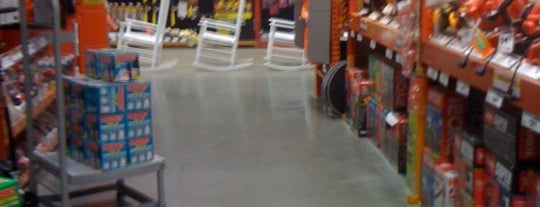 The Home Depot is one of Lieux qui ont plu à SooFab.