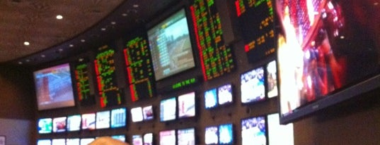 Race & Sports Book is one of Bachelor Party.