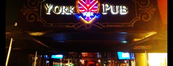 York Pub is one of Lugares favoritos de Jorge.