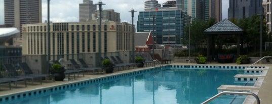 Encore Condominiums is one of Tempat yang Disimpan Alicia.
