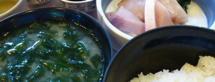 活魚料理 びんび家 is one of Lugares favoritos de Shigeo.