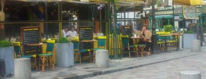 Café Le Petit Pont is one of Quartier Latin.
