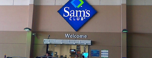 Sam's Club is one of Nathan 님이 좋아한 장소.