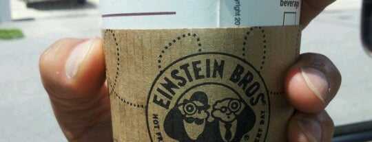 Einstein Bros Bagels is one of Orte, die V gefallen.