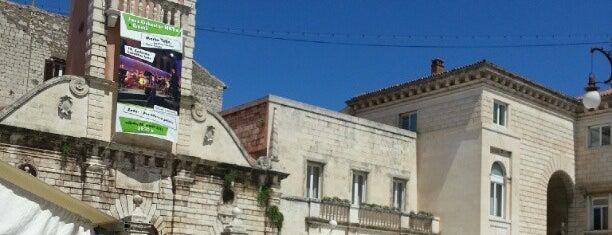 Narodni trg is one of Kroatien.
