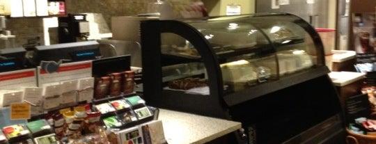 Starbucks is one of สถานที่ที่ Jay ถูกใจ.