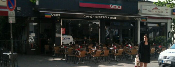 Kyti Voo Cafe & Bar is one of Tempat yang Disukai Nasser.