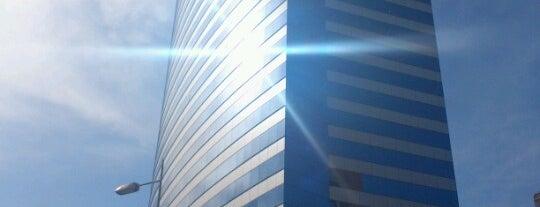 Edificio Millenium is one of Alejandraさんのお気に入りスポット.