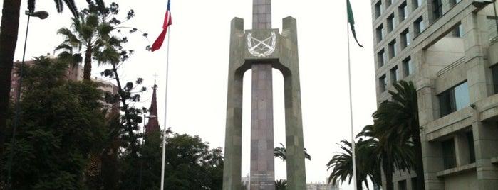 Plaza De Los Carabineros is one of Santiago Centro 2.