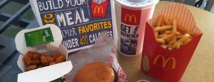 McDonald's is one of Lieux qui ont plu à Toon.