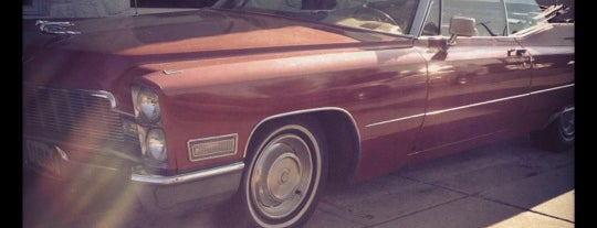The Red Cadillac is one of Tempat yang Disimpan Stuart.