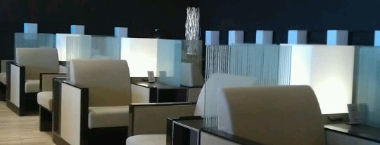 ANA LOUNGE is one of Tempat yang Disukai Hideo.
