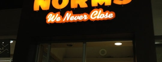 NORMS Restaurant is one of riverside-bars.