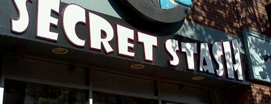 Jay and Silent Bob's Secret Stash is one of Locais curtidos por LPMc.