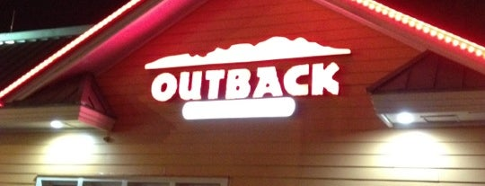 Outback Steakhouse is one of Lugares favoritos de Marcello Pereira.