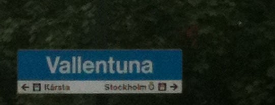 Vallentuna (L) is one of Stockholm.