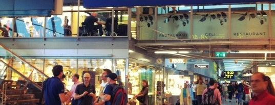 Helsinki Havalimanı (HEL) is one of Spain.
