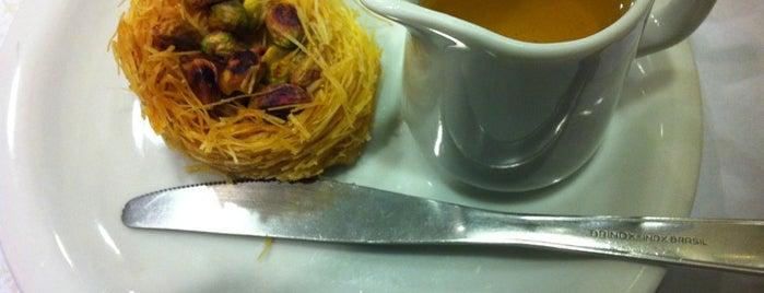 Raful Cozinha Árabe is one of Restaurantes, Bares e Coffee Shops favoritos.