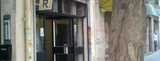 Taberna de Chupi is one of สถานที่ที่ Beatriz ถูกใจ.
