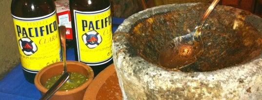 Taquería del Alamillo is one of Bares que probar.