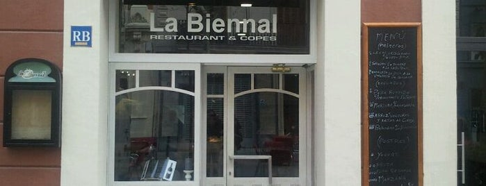 La Biennal is one of A comer y a beber (2).