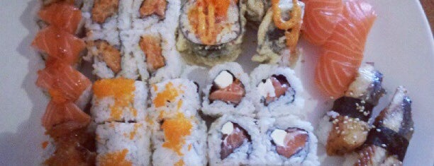 Sushi Para is one of Food.