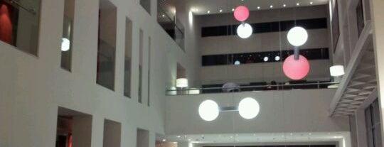 Hotel Axor Feria**** is one of Posti che sono piaciuti a ascalix.