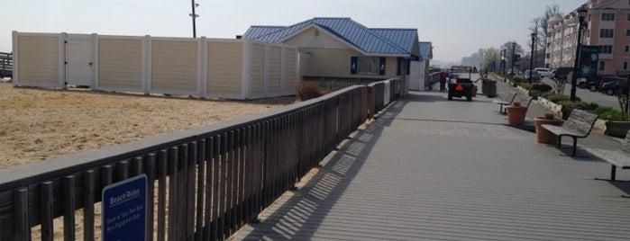 North Beach Boardwalk is one of Lugares guardados de Shreya.