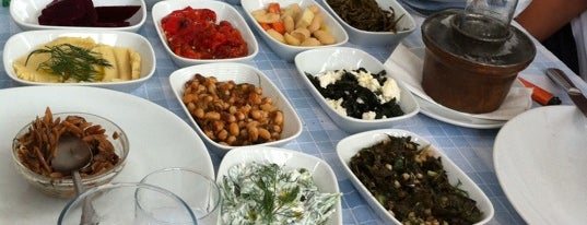 Giritli Restaurant is one of Meze-Yunan-Balık-Meksikan.