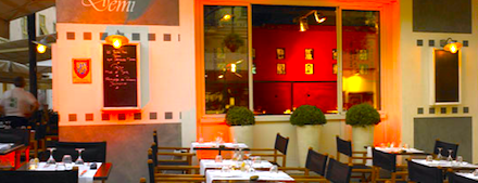 Le Huit Et Demi is one of FR2DAY's Guide to Fine Dining on the Riviera.