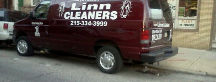 Lattanzio's Linn 1-Hour Cleaners is one of Lugares guardados de Andres.