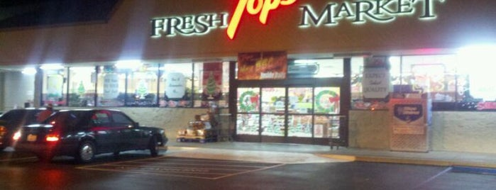 Tops Marketplace is one of Nicole : понравившиеся места.