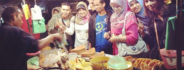 Kuah Town Night Market is one of Lugares favoritos de Rahmat.