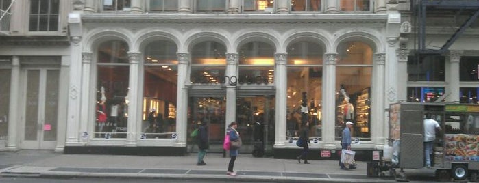 Bloomingdale's is one of For NYC Shopaholics.