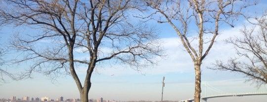 Whitestone Park is one of Tempat yang Disukai Mei.