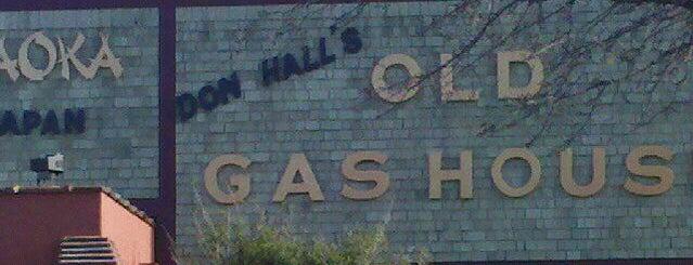 Don Hall's Old Gas House Restaurant is one of Andrew'in Beğendiği Mekanlar.